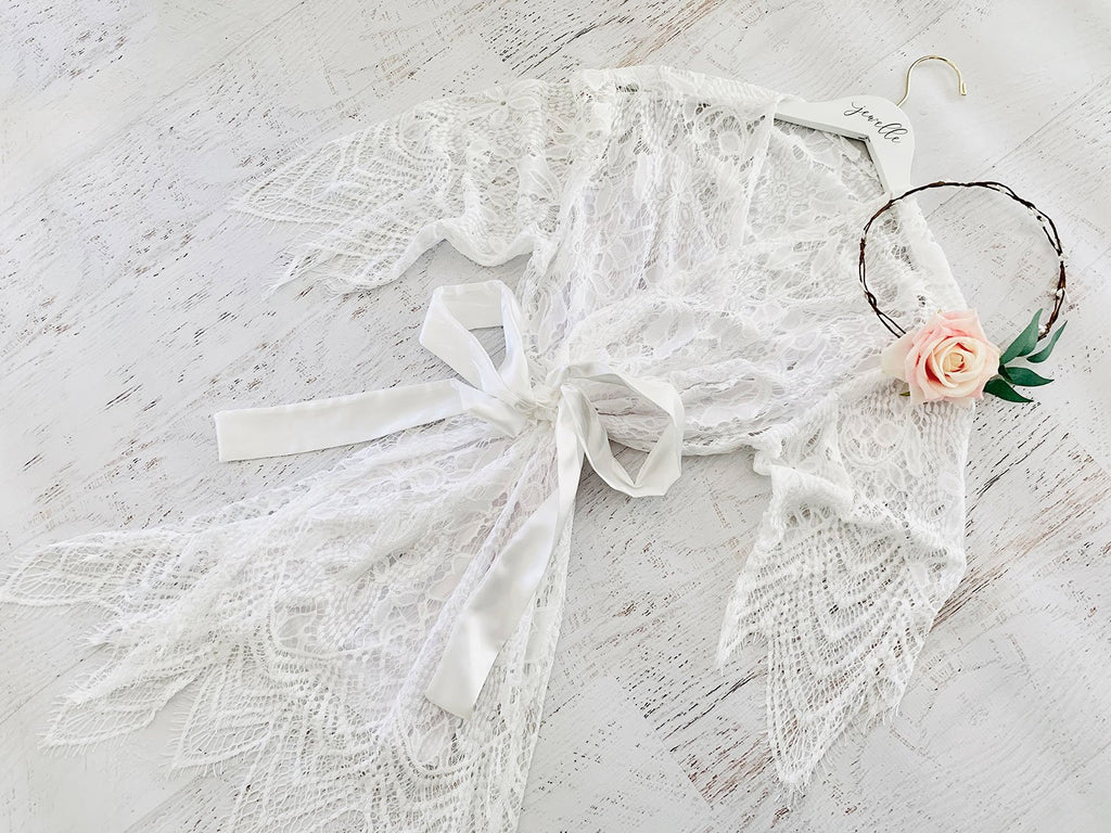 White Lace Robe - The Persnickety Bride