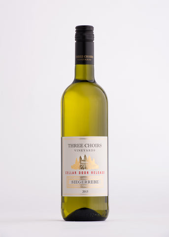 Three Choirs Siegerrebe English White Wine The English Wine Collection