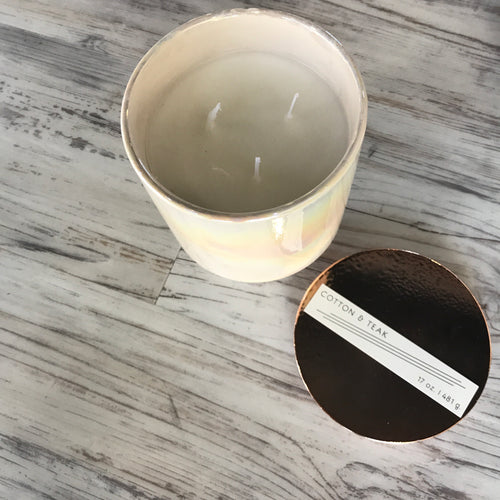Glow Ivory Cotton & Teak Iridescent Ceramic Candle