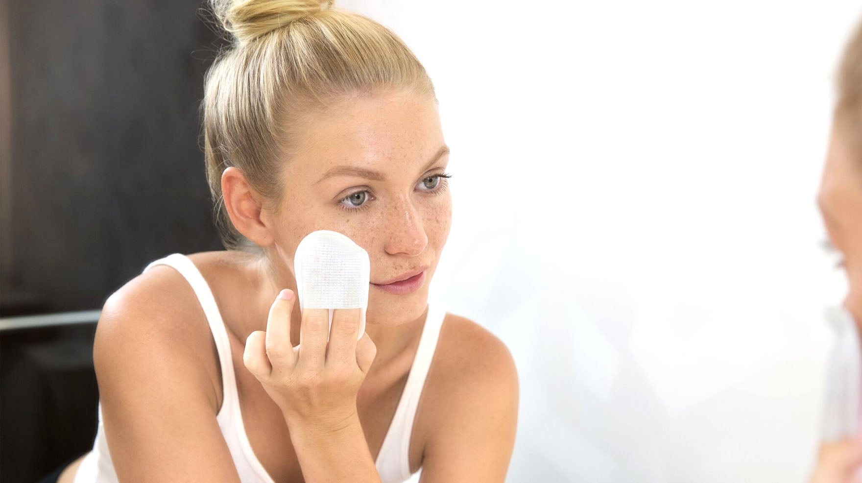 Dual Phase Skin Reviving Treatment Pads Benefits