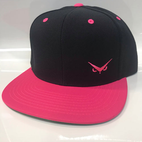 Iconic SnapBack - Black/Pink - Pink
