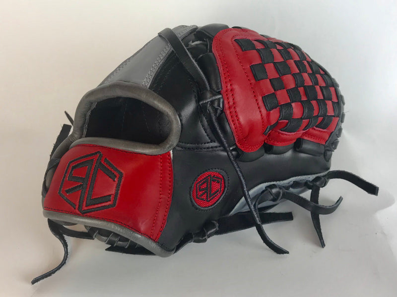 "RC Fielding Glove - 10"" Black/Red/Grey"