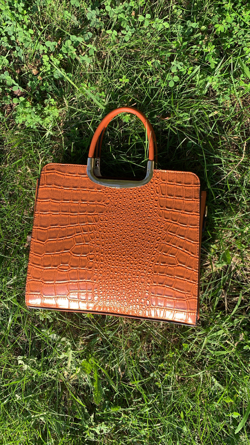 The Verana Handbag