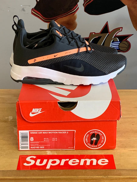 New Wmns Air Max Motion Racer Black/Orange Size 8 Wmns