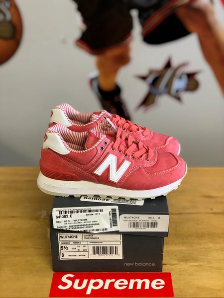 New new balance 574 Peach/White size 5.5wmns