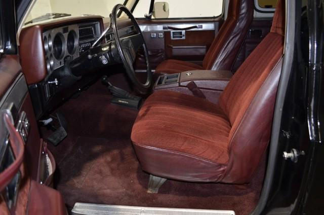 Chevy/GMC Blazer/Jimmy K-5 Blazer Bucket Seats