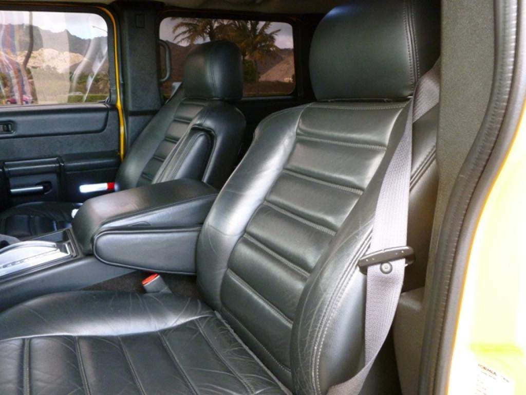 Hummer H-2 Captain Chairs