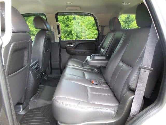 Chevy/GMC Tahoe/Suburban 60/40 Rear Seats with an Armrest