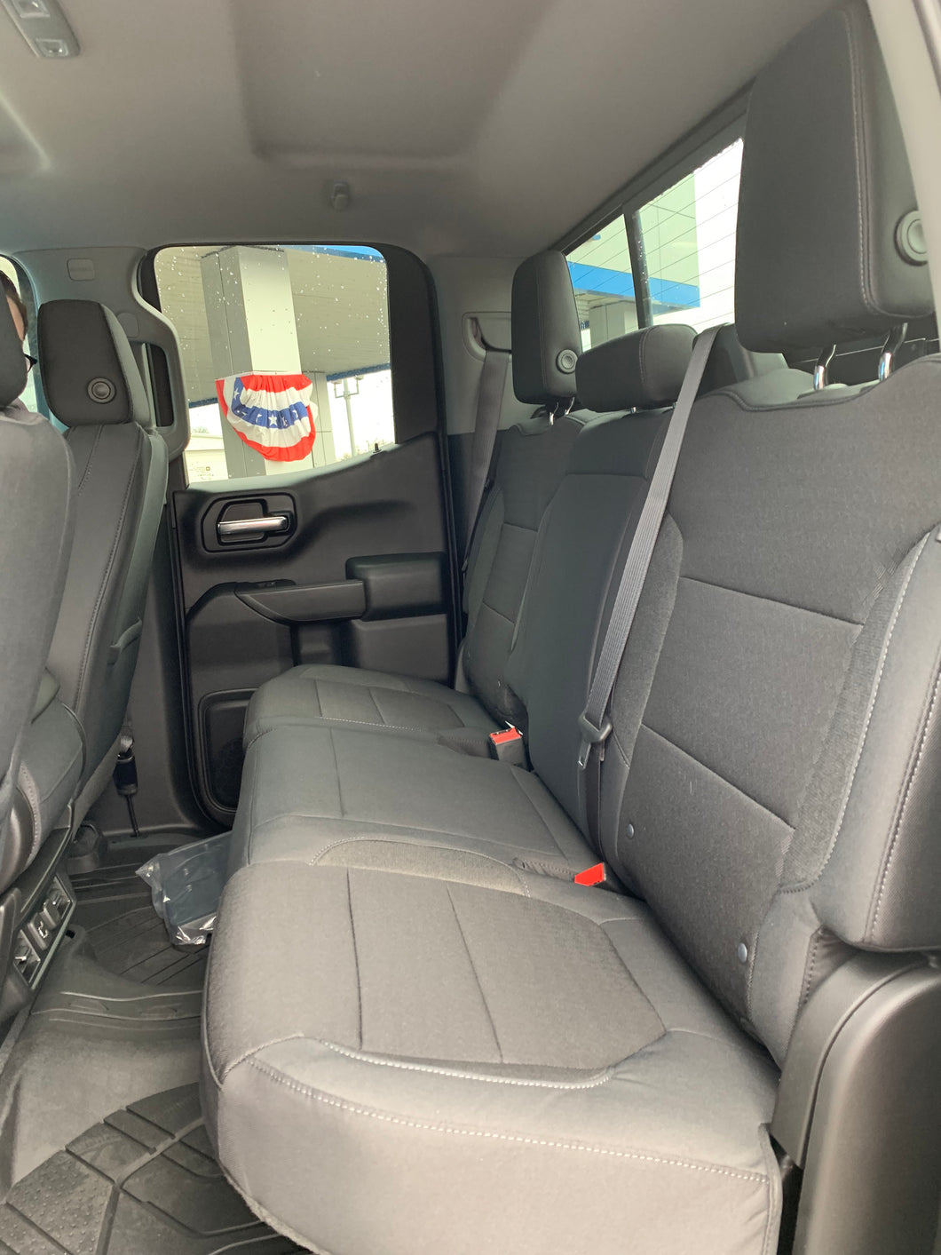 Double Cab Rear Seat 60/40 Solid Back