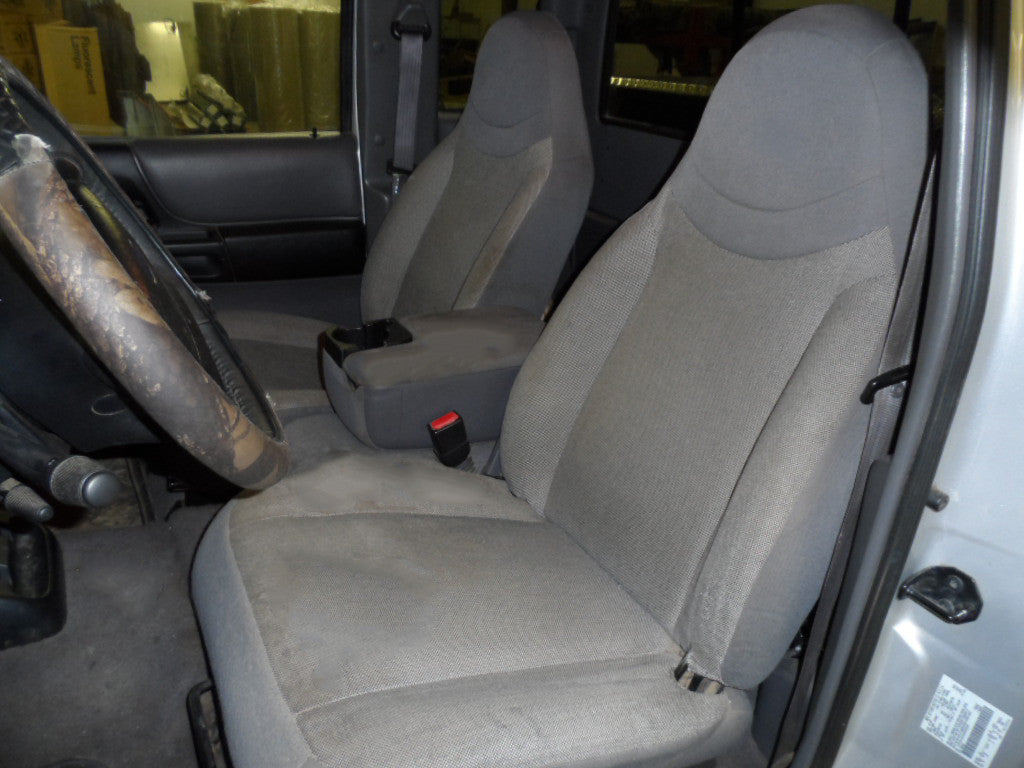 Ford Ranger 60/40 Seats with a Console