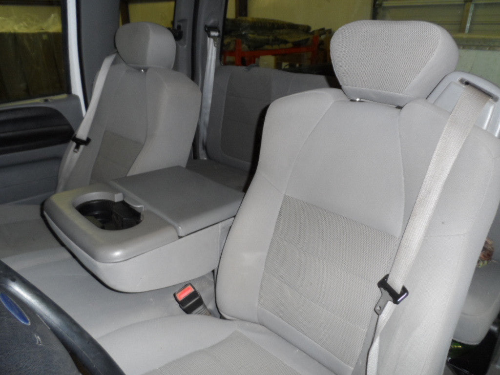Ford F-250/350 Belted 40/20/40 with Adjustable Headrests