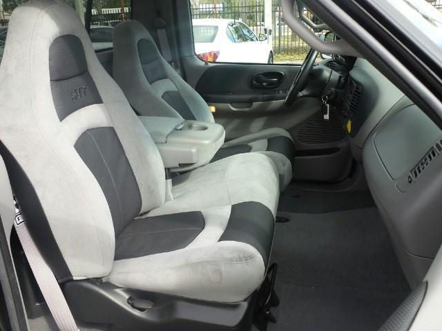 Ford F-150 40/60 with Molded Headrests