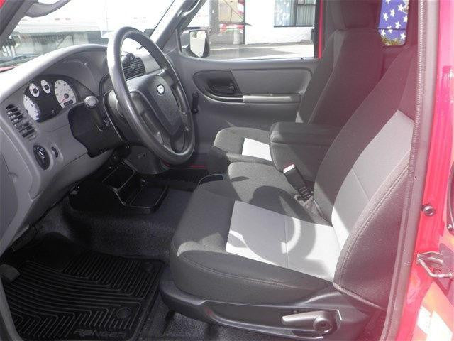 Ford Ranger 60/40 Front Seats with a Console
