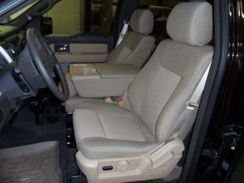 Ford F-150 40/20/40 Front Seats (Cup Holders in Console)