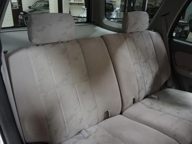 Toyota 4-Runner 50/50 Rear Seats