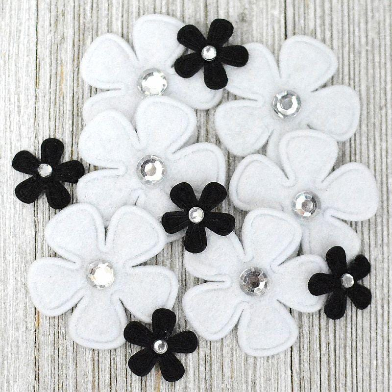 Bling Flowers Black/White