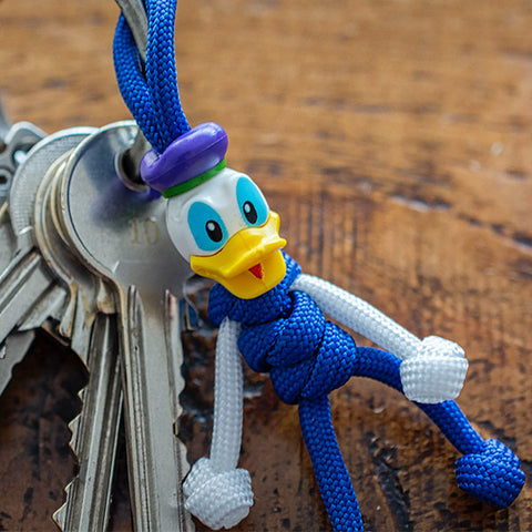 Donald Duck Paracord Buddy Keychain