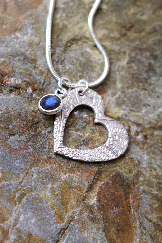 'Paisley Collection' Heart Pendant in Fine Silver with Labradorite Stone