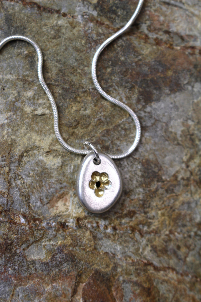 'Flower Pebble Pendant' in Fine Silver with Gold Accent