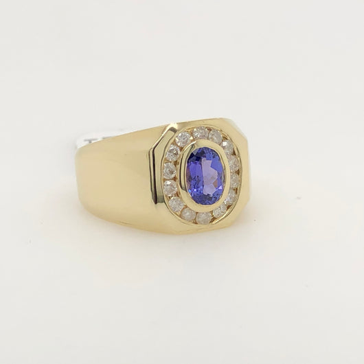 14Kt Yellow Gold Oval Tanzanite Mens Ring