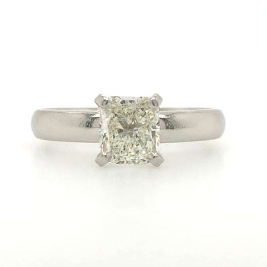 Platinum Simple Radiant 1.05ct Solitaire Engagement Ring
