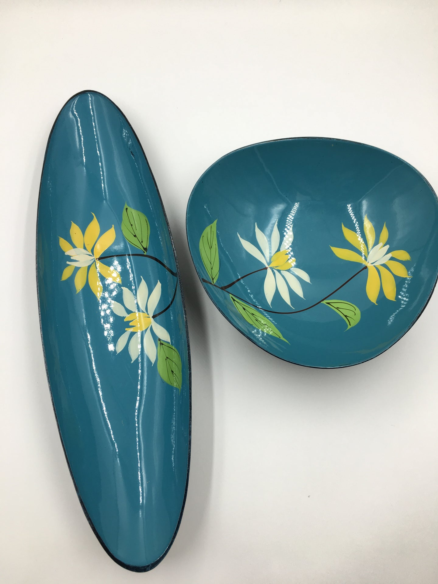 Mid Century Lacquer Ware by Davar Two Piece Set