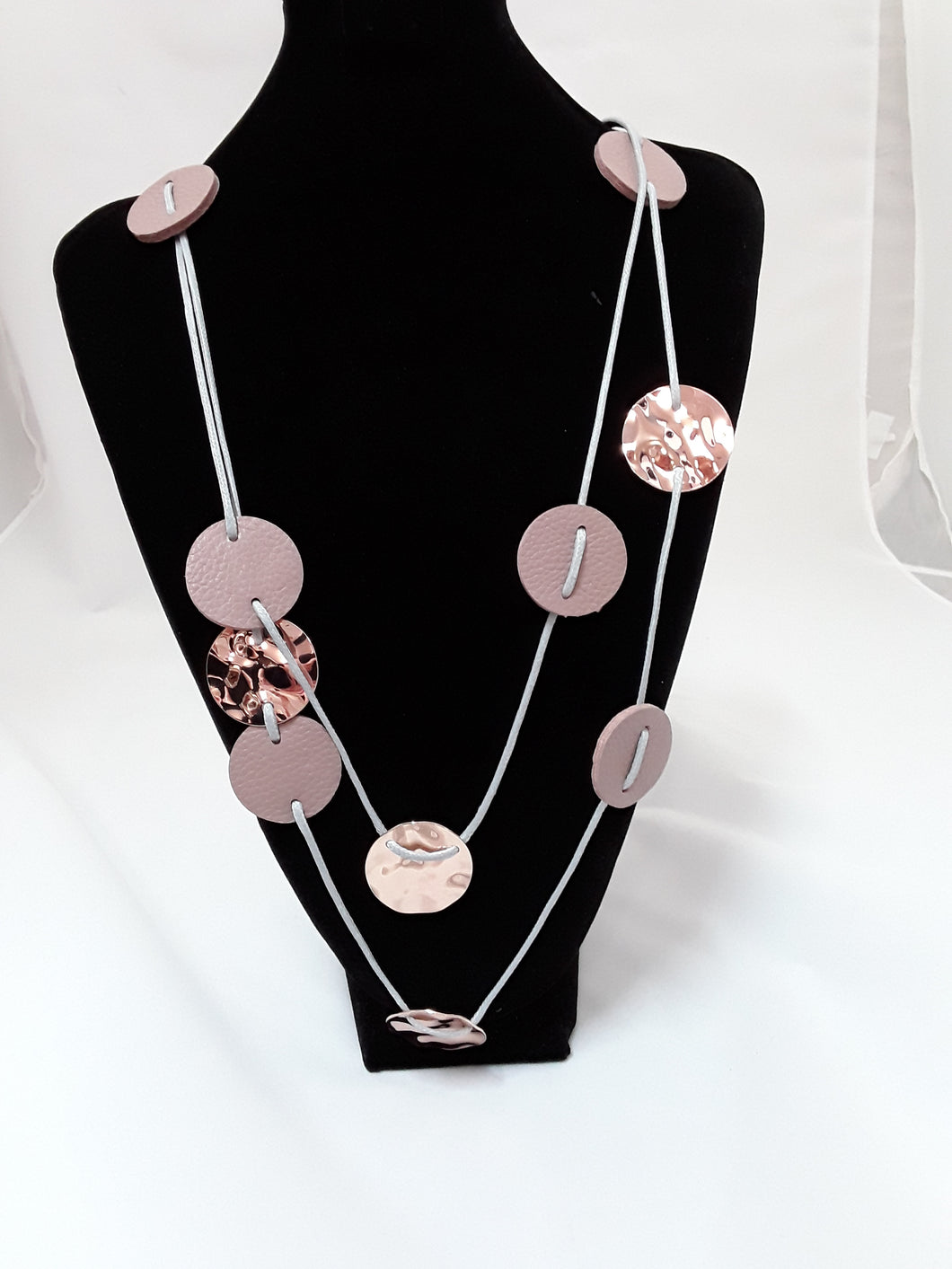 De Cavalier Necklace blush and rose gold circles 285