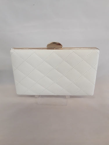 White quilted clutch with gold clasp 6888