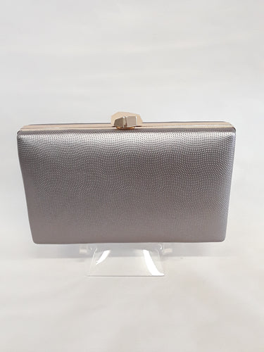 Clutch grey with gold clasp 7878-1
