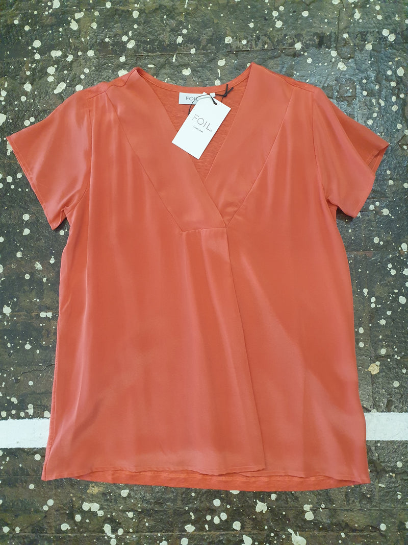Foil Insta-Glam Silk Linen Top in Washed Clay/Rust
