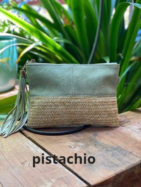 Textured Two Tone Clutch in Pistachio FSB6007