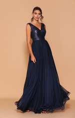 Les Demoiselle - LD1037 (Available in Stock colours Navy or Black, can be colour changed  into over 20 different chiffons & 11 different sequin colours)