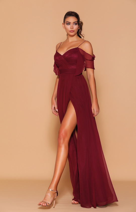 Les Demoiselle - LD1098 (Available in Stock colour Wine, can be colour changed  into over 20 different chiffon colours)