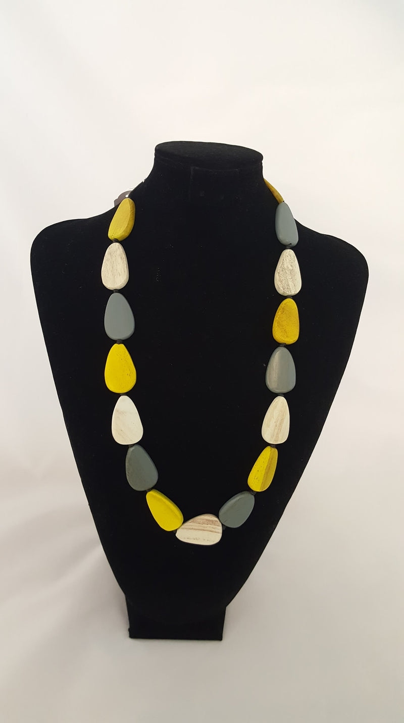 Timber necklace teardrop in yellow and grey 10876