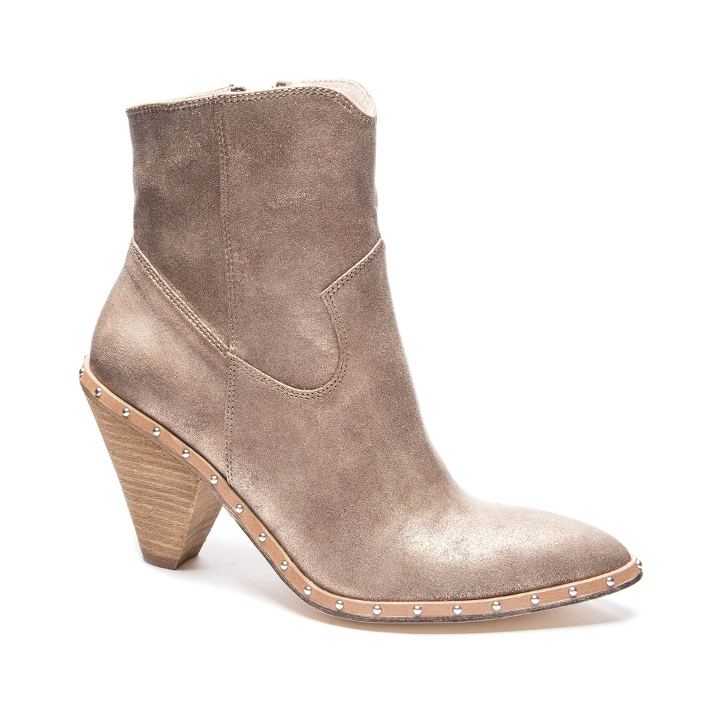 cozy fresh latest selection search for latest 10 Pairs Of Shoes You Will Want For Fall And Winter 2018 ...