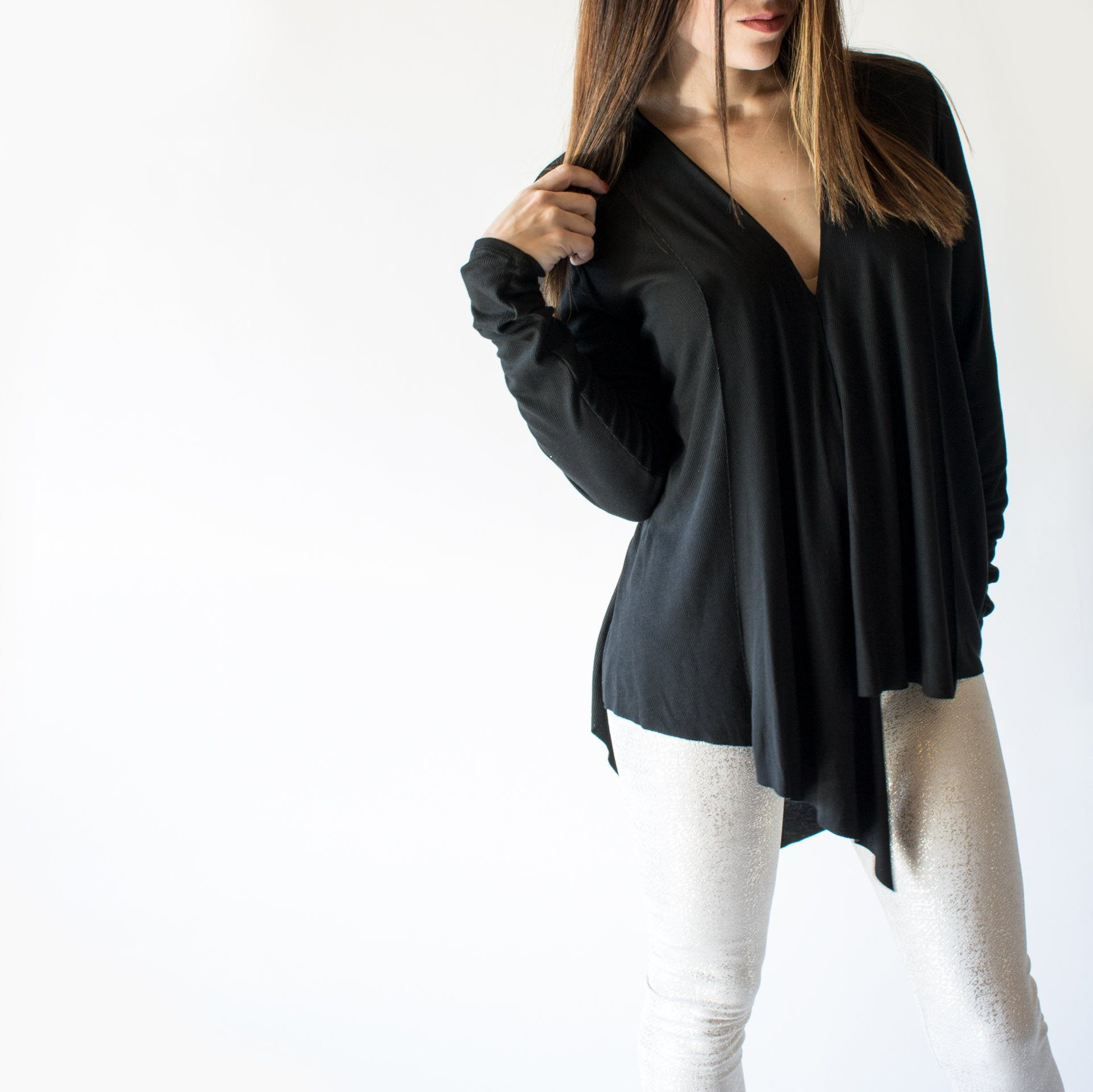 Ribbed Long Sleeve Layered V-Neck in Black - Arlo and Arrows