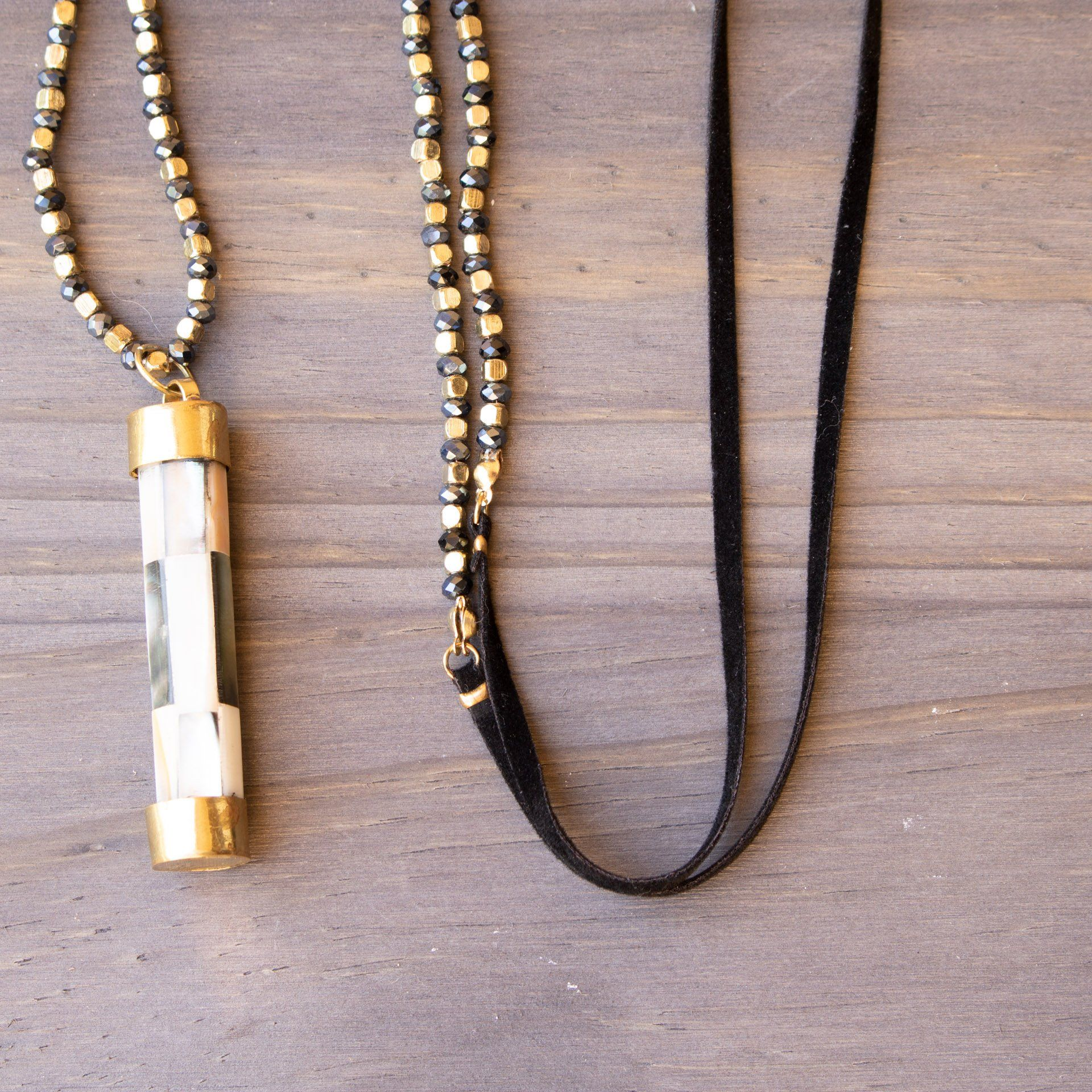 Beaded And Suede Necklace With Mother Of Pearl Pendant - Live 4