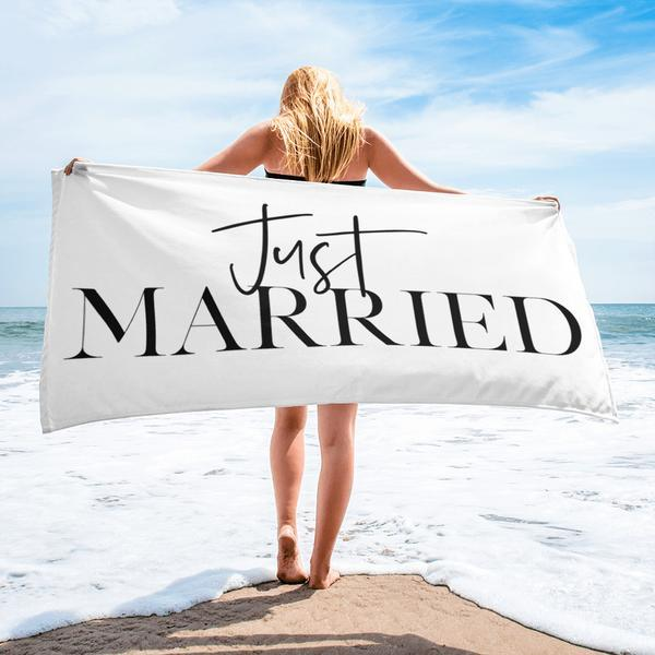 Just Married Towel - Arlo and Arrows