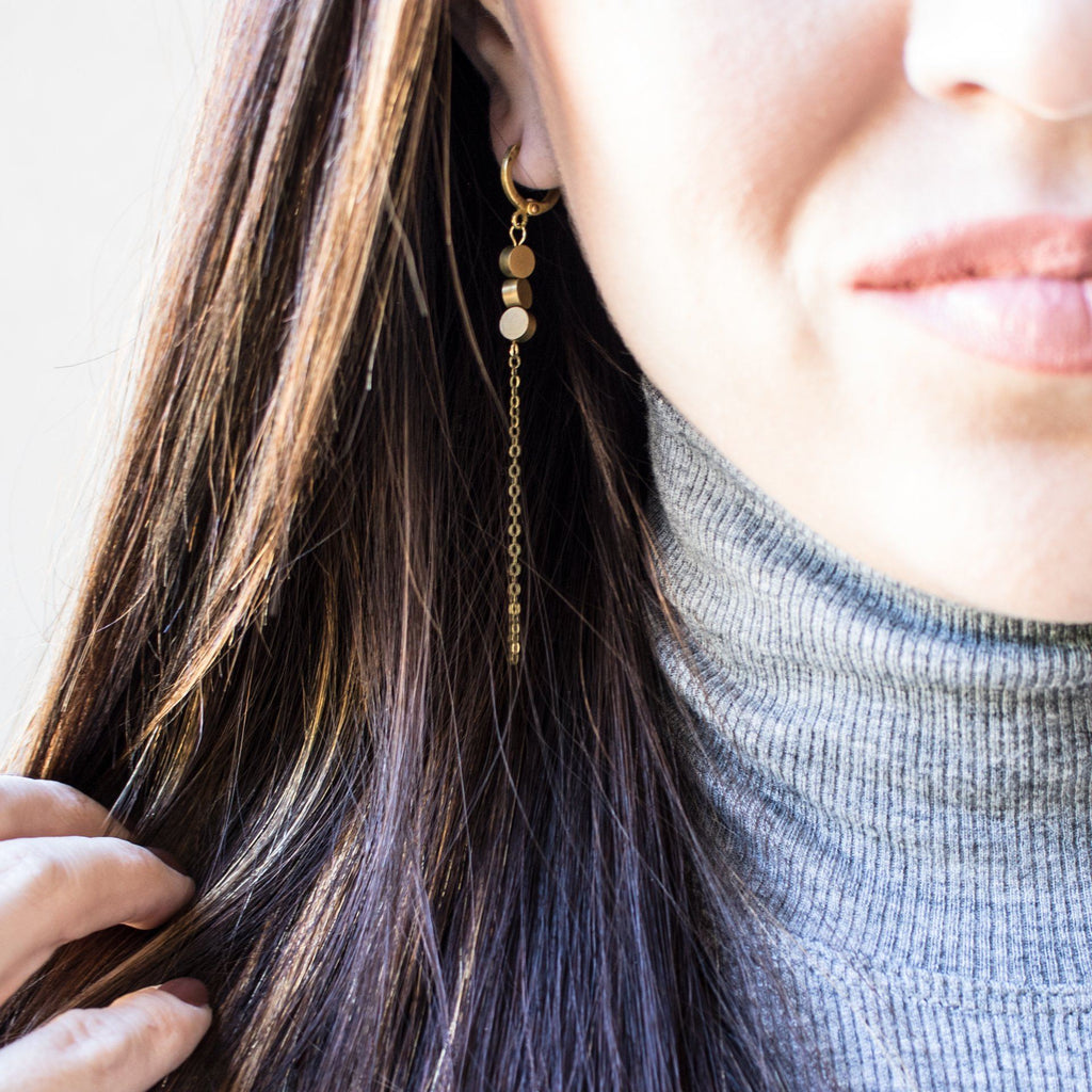Dainty Circle Discs Drop Earrings - Arlo and Arrows