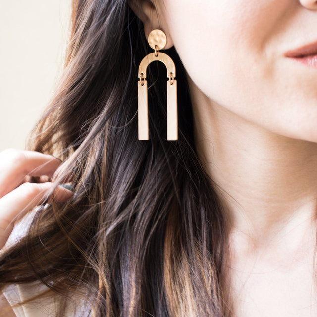 Nora Crescent Earrings (2 Colors) - Arlo and Arrows