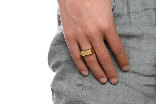 Omiros Arrow Ring