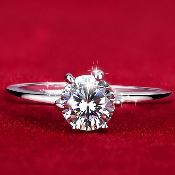 Signature Centrepiece Ring