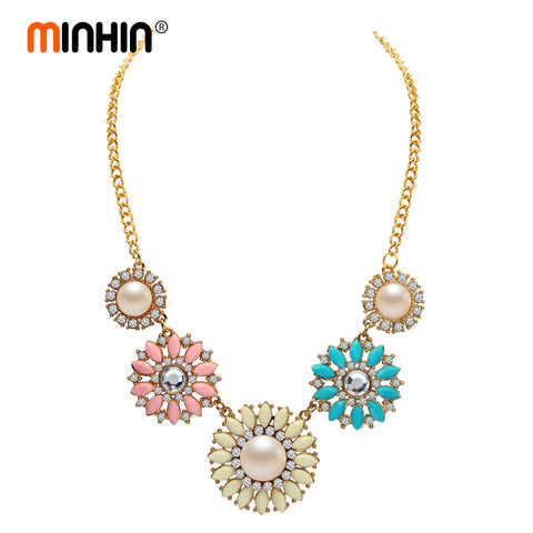 Romantic Flower Design Necklace