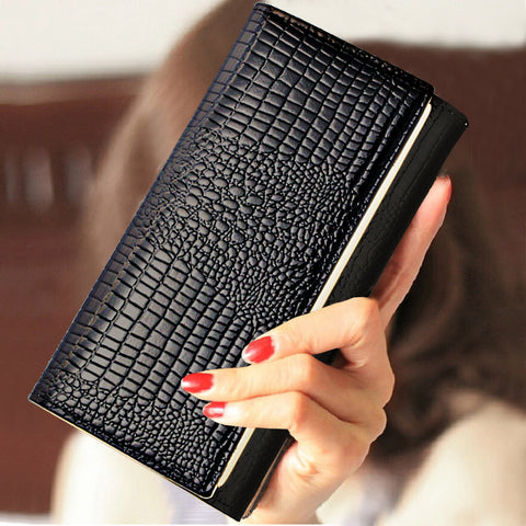 Alligator Pattern Leather Wallet