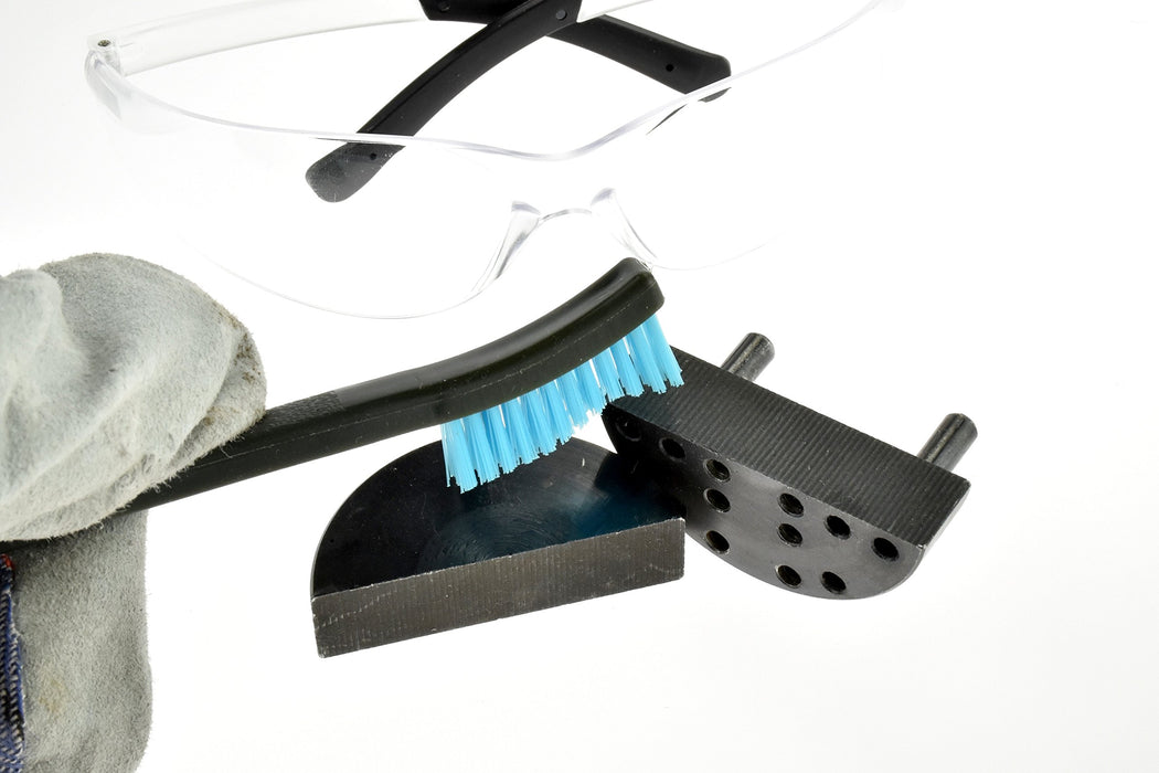 SE 7624BC-5 Gun Cleaning Set with 3 Brushes & 2 Double-Ended Picks