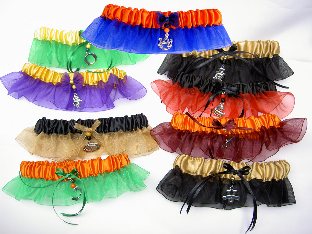 Bridal/wedding garters with a collegiate theme