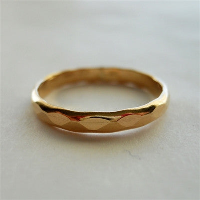 2.5mm Hammered Band in Gold Filled