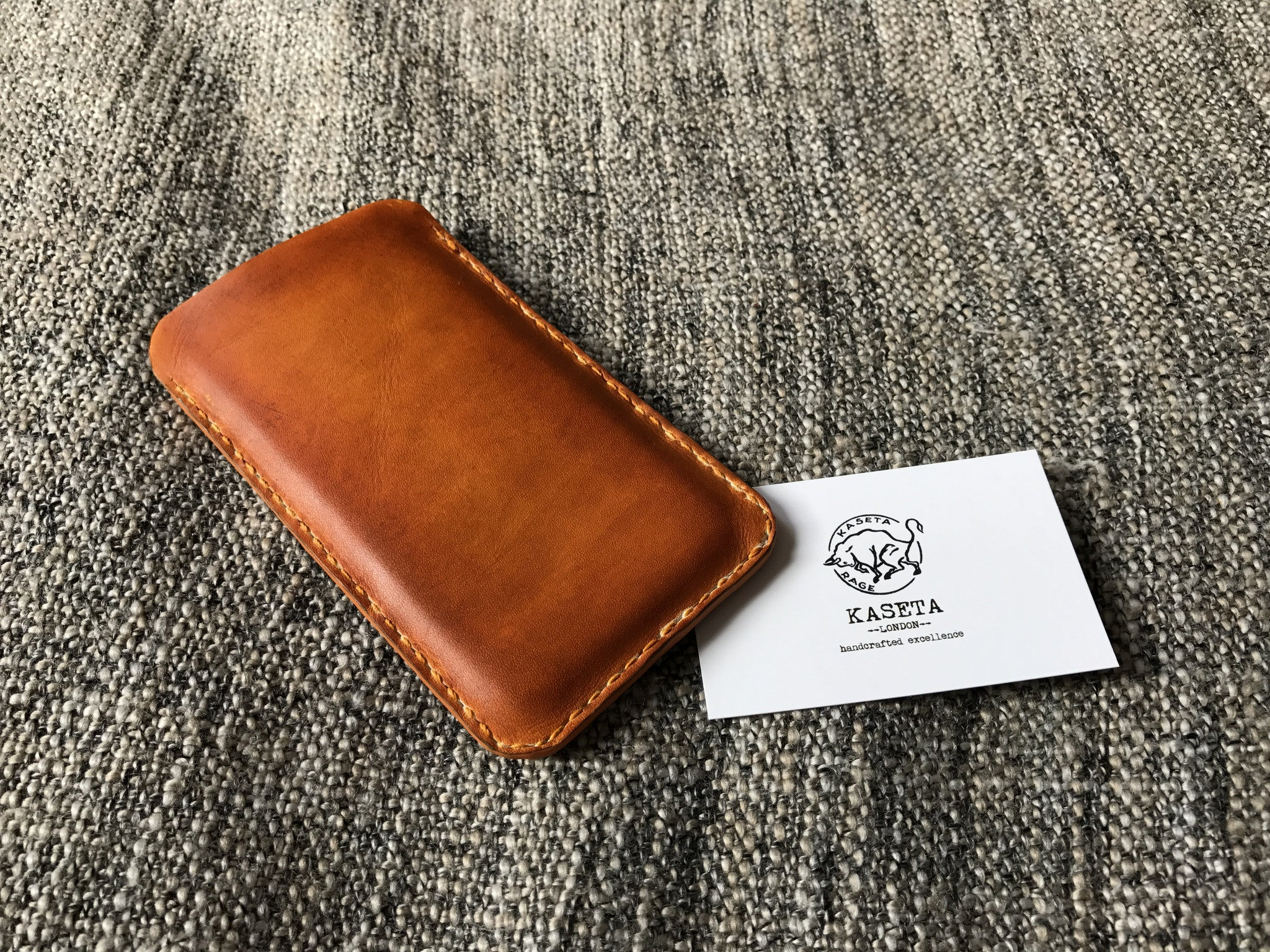 cuoio del sacchetto,  кожаный мешок iphone, leather sleeve with suede inlay