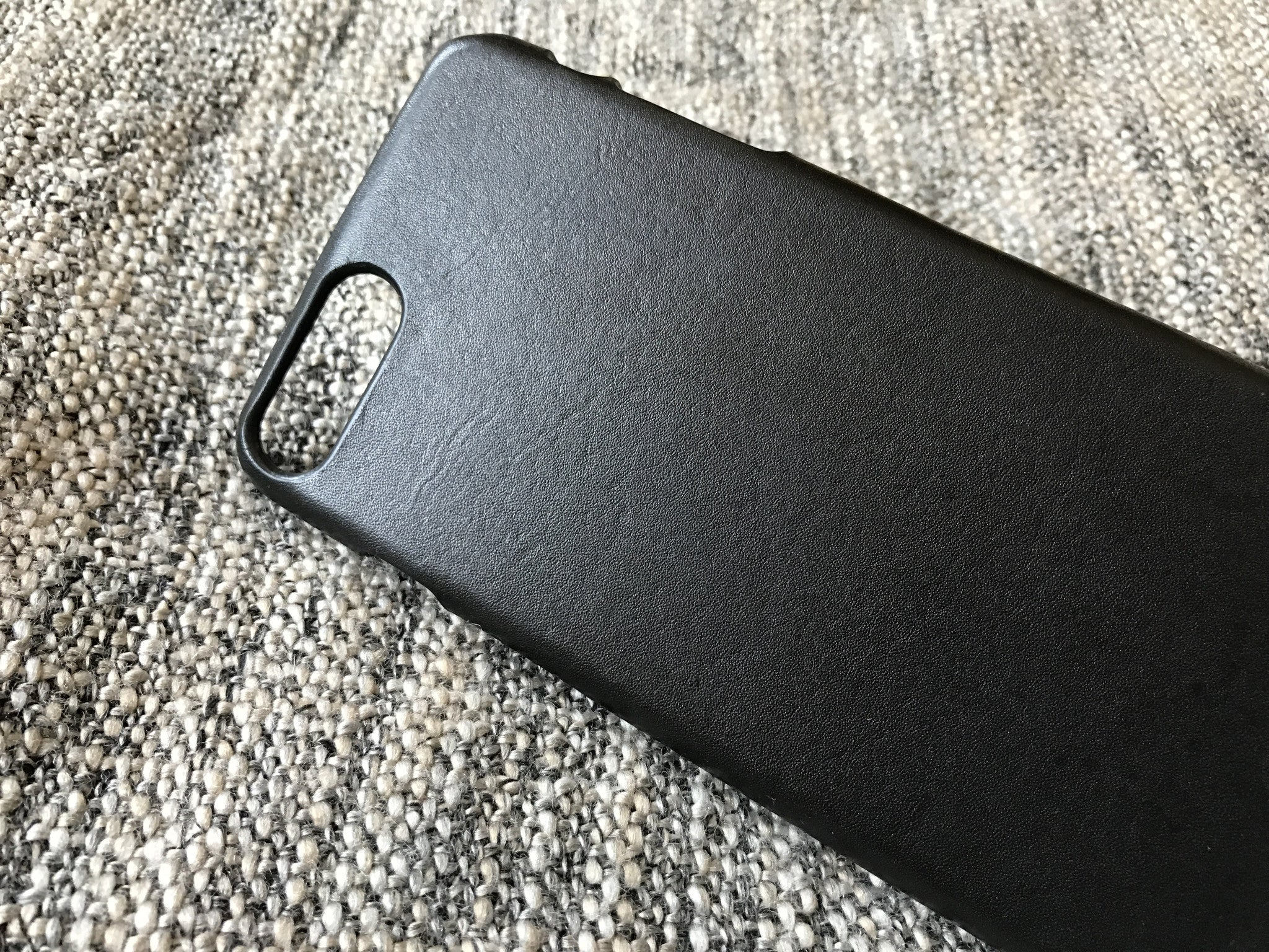Black leather iPhone case Kaseta Leather