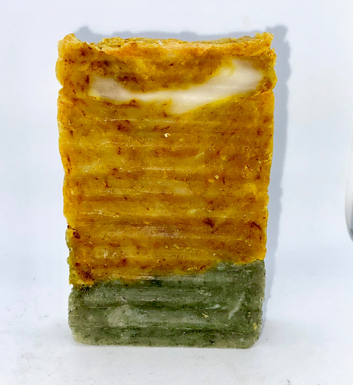 SEA MOSS GOLD SOAP W/ MANGO TUMERIC AND SPIRULINA